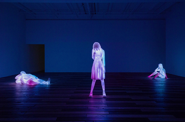 featured image of 3 Modern Figures 2 - Poetic Transformation: Doug Aitken's First Solo Exhibition in China