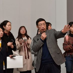 Curator Yin Shuangxi introduced the exhibition to audiences and journalists.