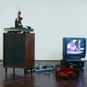 Haroon Mirza, Taka Tak, 2008; Installation, video Courtesy hrm 199 and British Council Collection