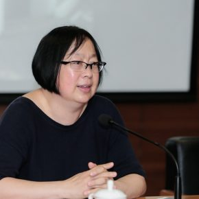 Professor Song Xiaoxia hosted the Symposium