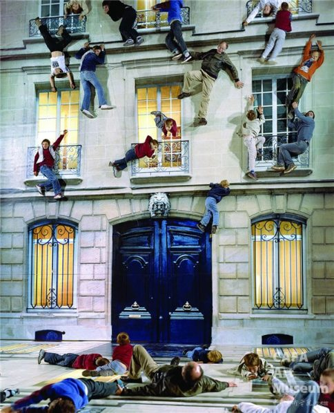 "Leandro Erlich Building 2004 484x598 - CAFA Art Museum presents ""Leandro Erlich: The Confines of the Great Void"""