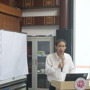 Weng Jianqing, Professor of the School of Arts Peking University and art critic