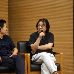 Wang Min'an, Professor of the School of Humanities at Tsinghua University, was giving a speech